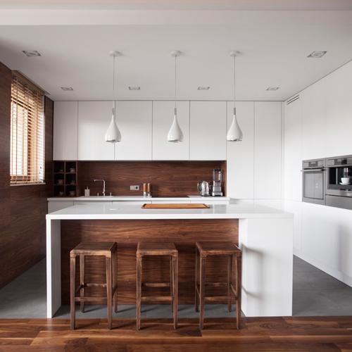 Küche weiß und holz