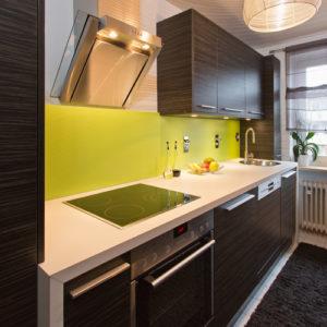 Schreinerküche Ba Möbeldesign Holz mit grün Ton